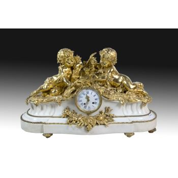 Table clock with garnish, S. XIX. · ref.: AM0002473